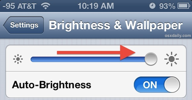 Usa l'iPhone alla luce del sole ruotando la luminosità fino in fondo