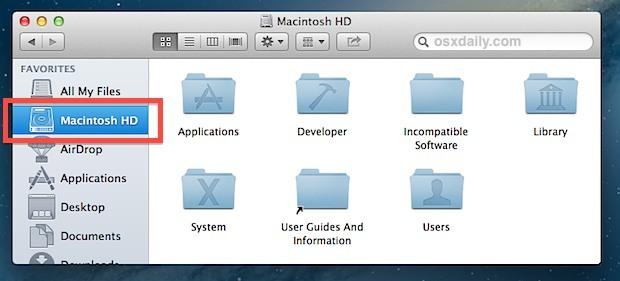 Aggiungi la cartella di root alla barra laterale del Finder in Mac OS X.