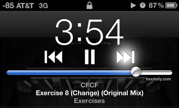 Avanza velocemente o riavvolgi la musica direttamente dalla schermata di blocco in iOS