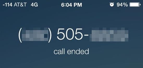 Terminare una chiamata su iPhone toccando il pulsante di accensione