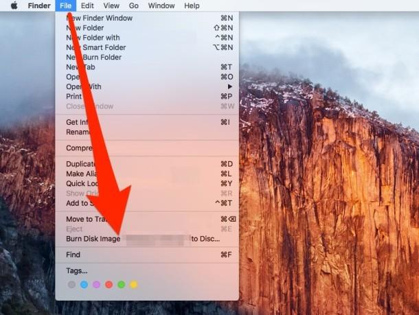 Masterizza un'immagine disco in Mac OS X dal menu File Finder