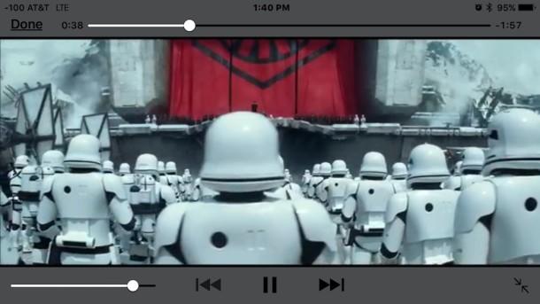 Guardare un film in TV collegato a iPhone