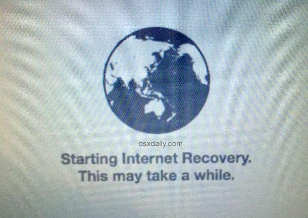 Avvio di OS X Internet Recovery Mode su un Mac per reinstallare il software di sistema
